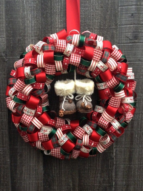 Items Similar To Ribbon Wreath Country Theme Christmas: country christmas gifts to make