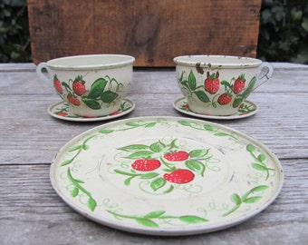 Vintage Tin Lithograph Toy Plates and Tea Cups - J. Chein & Co. - Strawberry Toy Plates