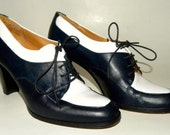 David Aaron Navy and White Leather Spectator shoes high heel granny lace up 8 M