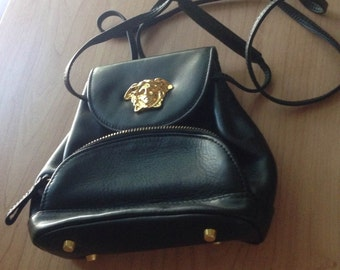 Very Rare Mini Gianni Versace Italian Black Later Purse With Gold Medusa