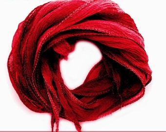 set with 3 silk ribbons crinkle crepe red