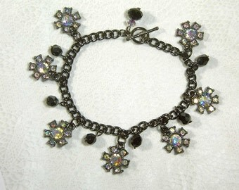 "Cynthia Lynn ""STARBURST"" Aurora Borealis Black Crystal Gunmetal and Jet Black Toggle Bracelet 7.5"""