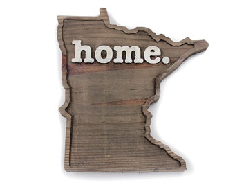 Minnesota home. Rough Cut Mill Wood Wall Hanging