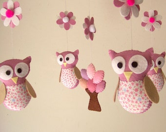 "Baby crib mobile, felt mobile, crib mobile, owl mobile, nursery mobile ""Night friends - Pink"""
