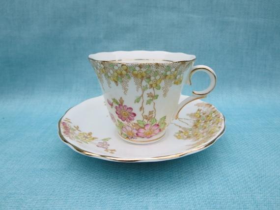 fine porcelaine tasse colclough tasse collection tasse. Black Bedroom Furniture Sets. Home Design Ideas