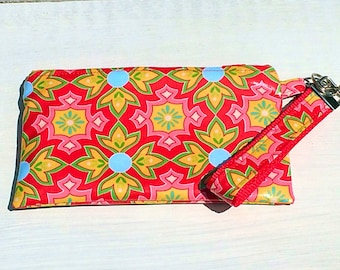 Delighted Wristlet, Laminated Cotton