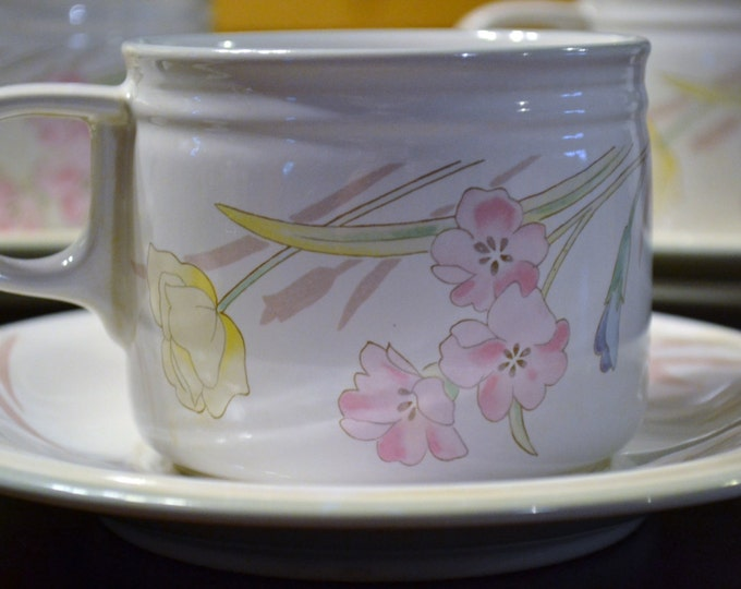 Vintage Studio Nova Villager New Gabriele Cups and Saucers Set of Eight Japan PanchosPorch