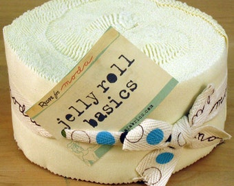 "Moda Jelly Roll BELLA SOLIDS - Snow (40) 2 1/2"" x 44"" strips - Cotton Quilt Fabric - 9900JR-11 (W1402)"