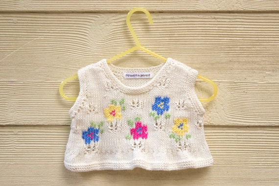 Knitting Pattern For Ruffle Baby Vest : KNITTING PATTERN Baby Girls Top Girls Summer Ruffled Top