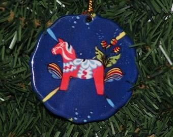 Ceramic Scalloped Edge Ornament - Swedish Dala Horse #093B