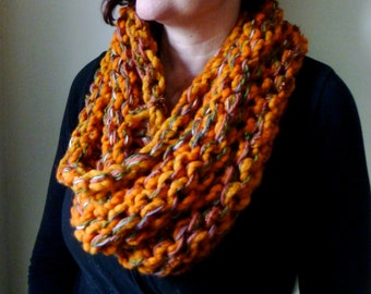 Lawrence Knitted mixed fibre cowl