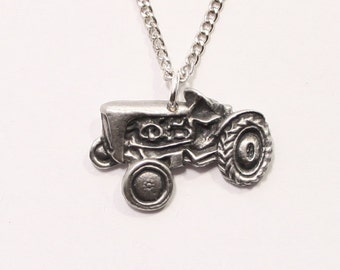 Vintage, Classic Tractor Necklace, English Pewter, British Made, Gift Boxed (H)