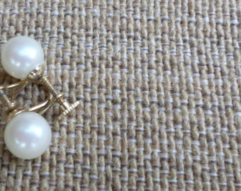 Beautiful Screw On Pearl Earrings