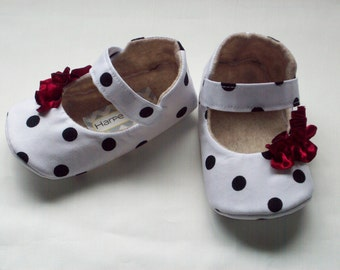 ANNIE baby girl shoes. Red ruffle with black and white polka dot