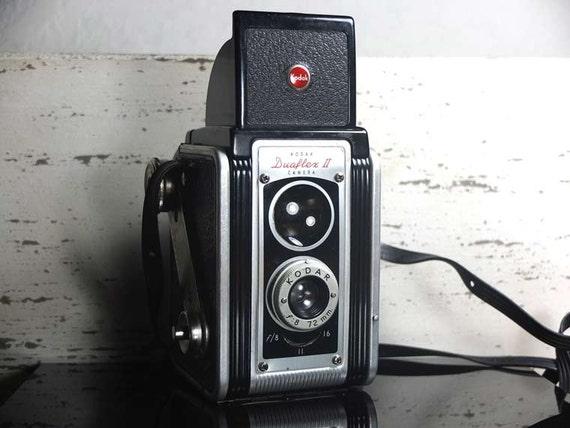 Kodak Duaflex II with Kodar Lens by Eastman Kodak - vintage camera - twin-lens reflex camera - Film photography