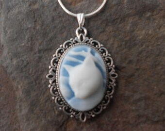 """Stunning White Cat (on a sky blue background) Cameo Pendant Necklace---.925 plated 22"""" Chain--- Great Quality"""