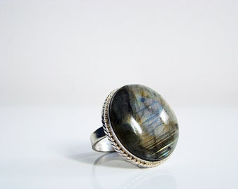 Vintage Navajo sterling silver signet 925   ring with natural Labradorite  stone, Big  Stone Size 8-9