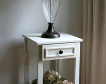 Old-Fashioned LAMP TABLE