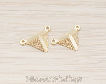 CNT112-MG // Matte Gold Plated 3D Pyramid Connector, 2 Pc
