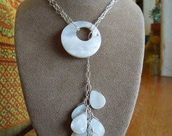 mother of pearl & chain lariet