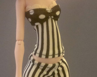 Dolls tops clothes for Monster high doll- Stripes + white dots No.725