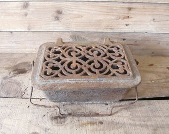 Antique French warmer cast iron / salvage