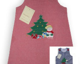 Girls Christmas day jumper,Perfect for those Holiday festivities or pictures. Remember available in matching brother outfit!   16609