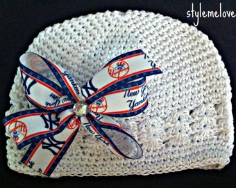 New York Yankees Baby Girl Boutique Bow Crocheted Hat