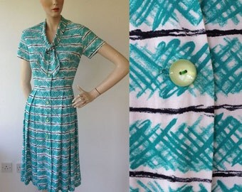 1950-60s 'St Michael Marspun' Green Stripe Day Dress / 50s-60s Day Dress - Vintage Green Dress / Size UK 8