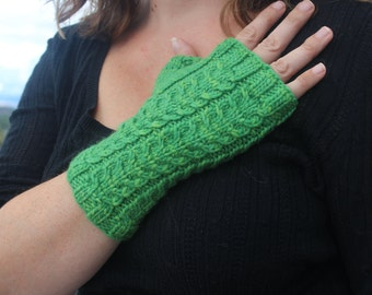 Promenade Fingerless Gloves (Knitted pattern)  -INSTRUCTIONS ONLY-