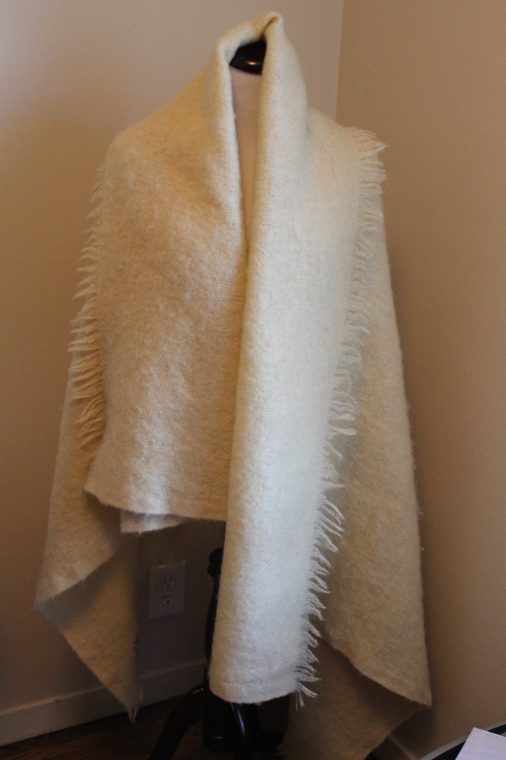 on sale toison d 39 or mohair blanket throw cream white made. Black Bedroom Furniture Sets. Home Design Ideas