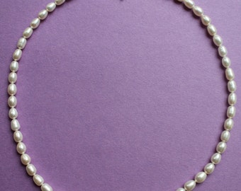 White Oval Freshwater Pearl Necklace NK915