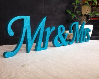 Mr and Mrs wedding signs, wooden Letters for Sweetheart Table, wedding signs,Wedding decoration