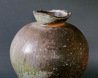 natural ash glaze jar
