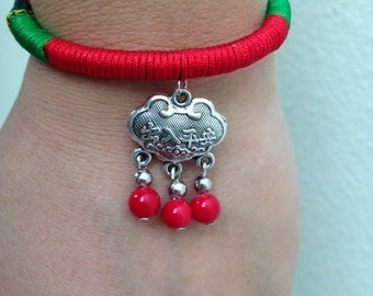 Chinese bracelet,colorful bracelet with chinese ethnical features.