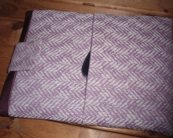 Woollen iPad sleeve / iPad cover