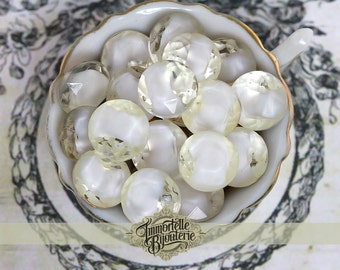 Vintage SS48 White Givre Rhinestone Dentelles - Vintage West German Stones used in High End Costume Jewelry - High Quality - 10 pcs