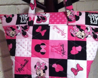 Minnie Mouse quilted purse