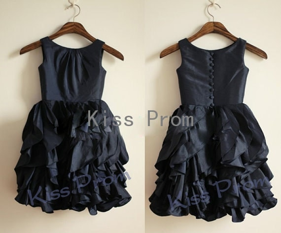 A-line Straps Sleeveless Taffeta Black Pretty Flower Girl's Dresses With Ruffles