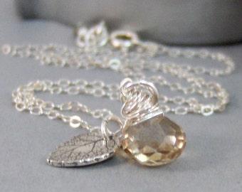 November Leaf,Necklace,Citrine Necklace,Yellow Stone,Birthstone Necklace,Leaf,Leaf Necklace,November Birthstone,Topaz..SeaMaidenJewelry