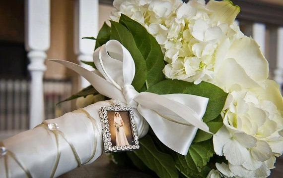 Blinger - photo memory charm to hang on a bouquet, necklace, guest gift and more!
