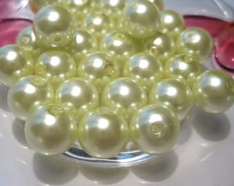 20pcs Pale Green Glass pearl Beads 10mm round