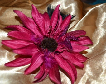 Magenta flower hair clip - with feathers
