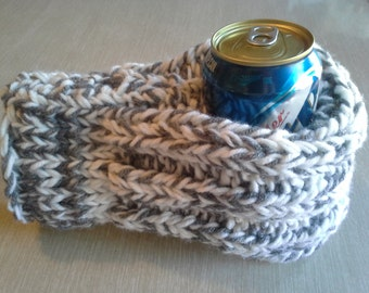 White and Gray Drink Mitten