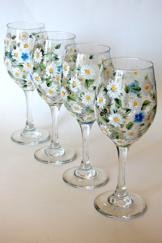 Set of 4 hand painted wine glasses white daisy forget me not for Hand designed wine glasses