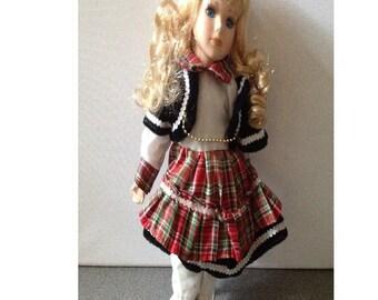 Vintage porcelain doll Beth, boxed