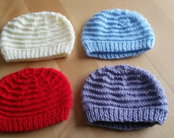 Set of 4 baby beanie hats cream red lilac purple blue - Size 0-3 months