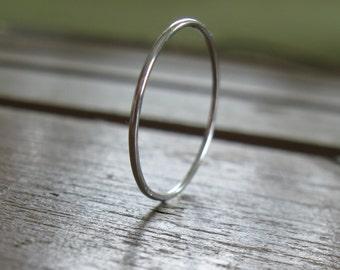 Super Tiny  Platinum Ring, 0.8mm tiny band, narrow platinum ring, wedding band, PLATINUM,skinny ring, handmade