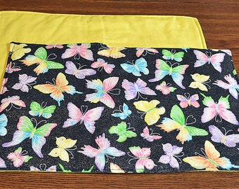 Butterflies: Table Runner and 4 matching Placemats w/ yellow backing