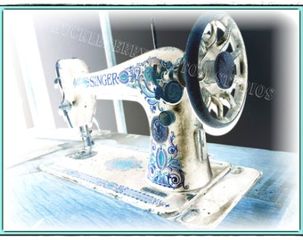 DIGITAL DOWNLOAD - Old Singer Sewing Machine - JPeg Image - Photo 3468 x 5196 - 1.79MB Aqua Teal Blue